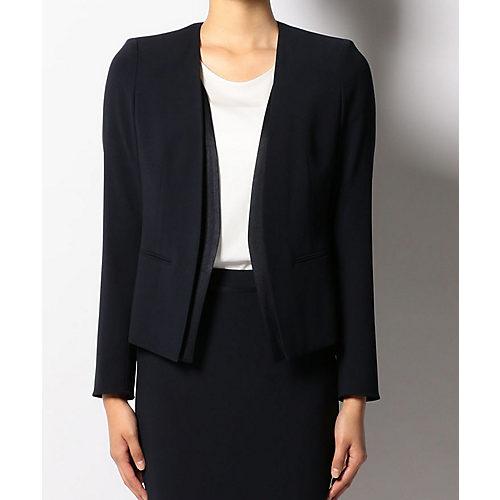 「逃げるが恥だが役に立つ」5話の石田ゆり子さんの衣装のネイビーのジャケット