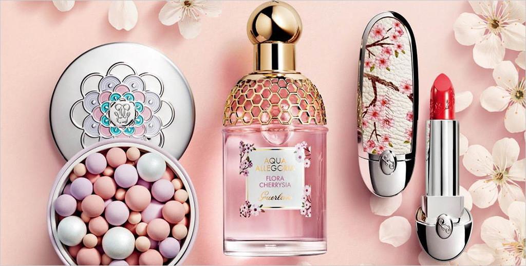 桜カラー&香りのコスメ