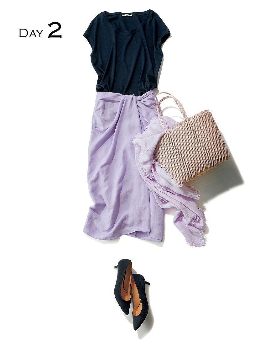 休日のアフタヌーンはラベンダーのスカートを主役に、ショッピングをエンジョイ GALLARDAGALANTE シンプルカットソー GALLARDAGALANTE×éclat ツイストタイトスカート