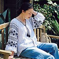 ボリューム袖刺繍ブラウス