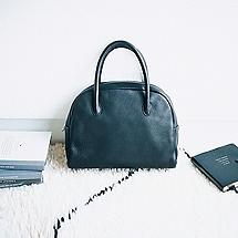 Aetaの名品バッグ