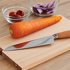 【インテリア雑貨   キッチングッズ特集】使い勝手のよい包丁とまな板