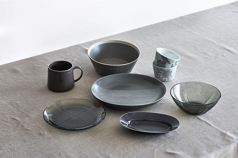 """【インテリア雑貨特集】テーブルウェアのグレーインテリア   KOSTA BODA、イイホシユミコさんの器、IDEE、CLASKA Gallery&Shop """"DO""""、La fleurからグレーのテーブルウェアを集めました"""