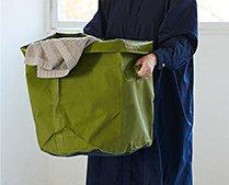 【インテリア雑貨特集】収納グッズ | HIGHTIDE ハイタイド タープバッグラウンドL 70L | Lサイズは取手が付いてランドリーバッグなど用途が広がるアイテムに
