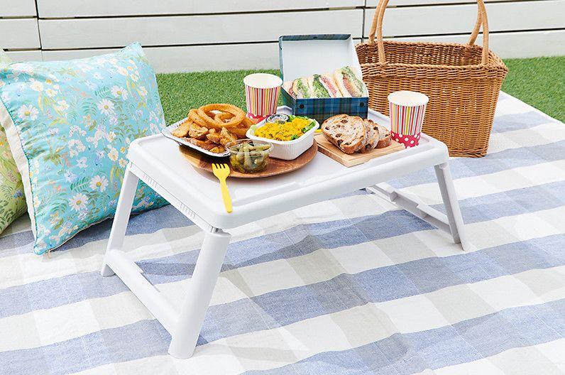 【インテリア雑貨特集】COLLEND コレンド ミニマルチテーブル | ピクニックでは脚が折りたためるミニテーブルが大活躍