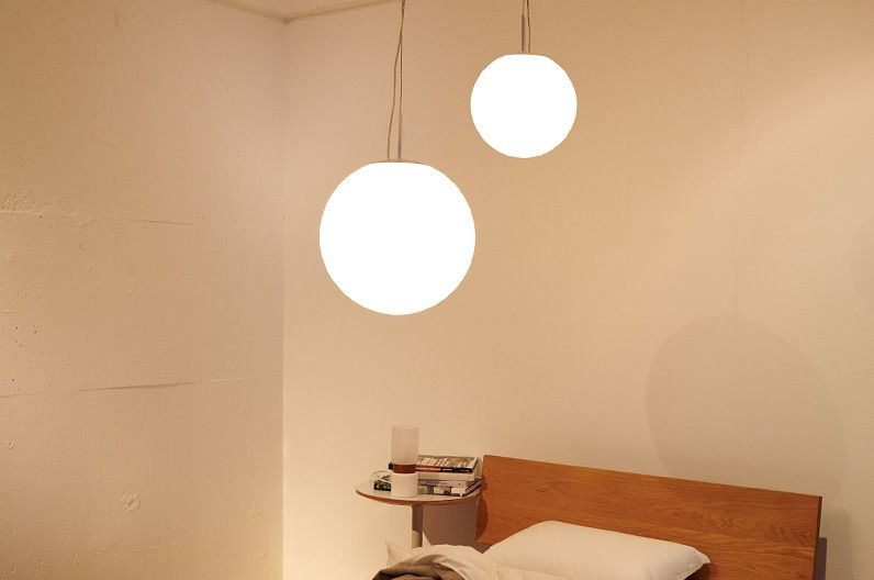 【インテリア雑貨特集】DI CLASSE LED ボローゾ ペンダントランプ | いつものお部屋を演出できる球体ランプ