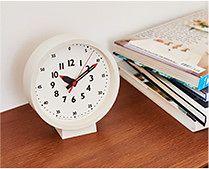 【インテリア雑貨特集】fun pun clock for table(ふんぷんくろっく) [置き時計] | サイドボードにマッチするシンプルデザインの時計