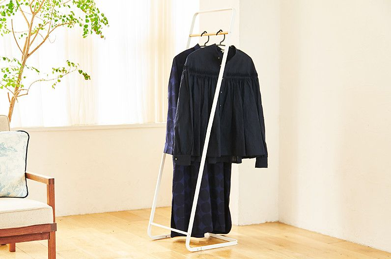 【インテリア雑貨特集】tower コートハンガー KD ホワイト | 衣類が5着前後掛けられるオシャレなラック