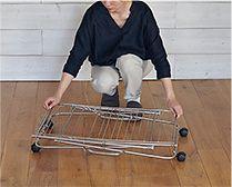 【インテリア雑貨特集】大木製作所 タワー型室内物干し | 女性一人でも簡単に折り畳めます