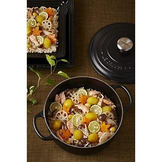 ご飯とお味噌汁でほっこり食卓