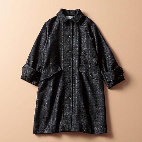 女らしいAラインのコートながらシャツ風ディテールで格好のよさも上々【STANDARD BOOK】