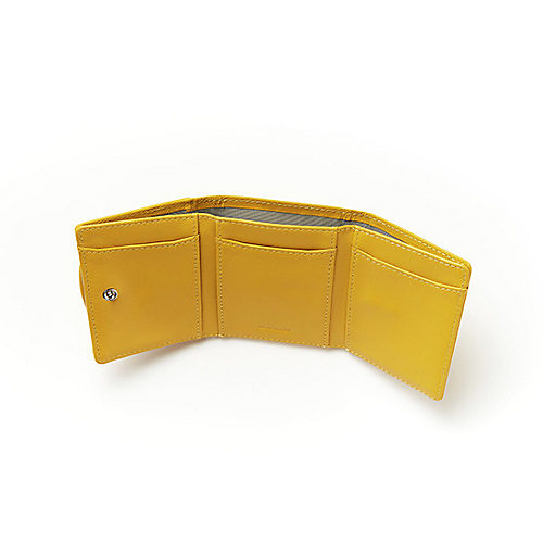 コインケース下×1,札入れ部分×3,内側×6,合計10枚のカードが収納可能
