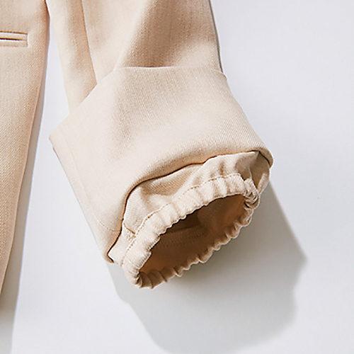 袖内側のゴムできれいに袖をたくし上げられます