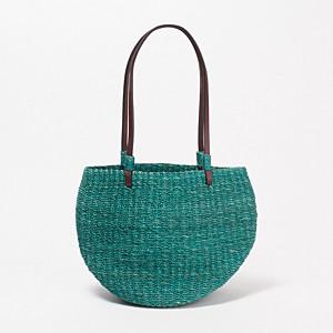 a14b868fe52c Anjou Chouette かごバッグ ¥5,500+税 デザイン性と収納力の高さを兼ね備えたかごバッグ