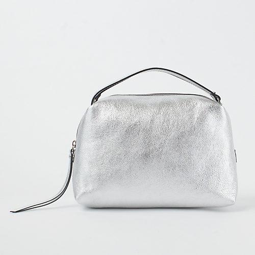 人気のミニバッグが再登場! 着こなしのアクセントに効果絶大 ALIFA M(シルバー)