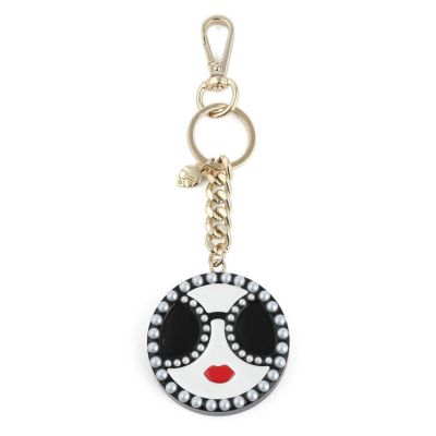 STACEFACE W PEARLS KEYCHARM