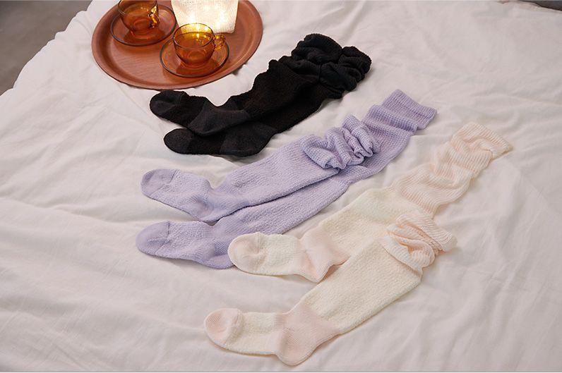 【インテリア雑貨特集】靴下サプリ す〜っとおやすみぬくもりソックス | ふんわりとなめらかな肌触りのおやすみソックスで快適な睡眠
