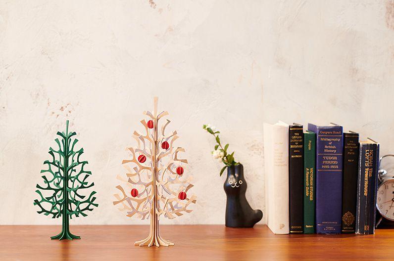 【インテリア雑貨特集】lovi ミニツリー もみの木30cm ミニボールセット ナチュラル | 場所を変えて繰り返し飾りたくなるキュートなクリスマスグッズ