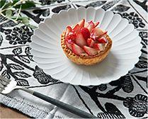 【インテリア雑貨特集】1616 arita japan TY パレスプレート 16cm | 美しい花型プレートは、アクセサリートレイにしても可愛い