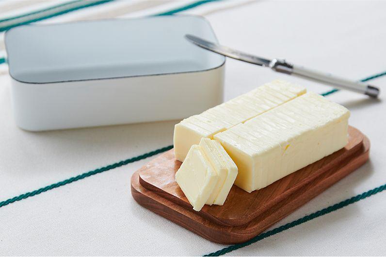 【インテリア雑貨特集】野田琺瑯 バターケース 200g | におい移りがなく、冷却性の高い琺瑯のバターケース