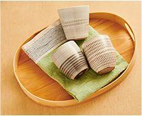 【インテリア雑貨特集】小石原ポタリー カップ | 片手でも、両手で包み込んでも、しっくりと手になじむカップ